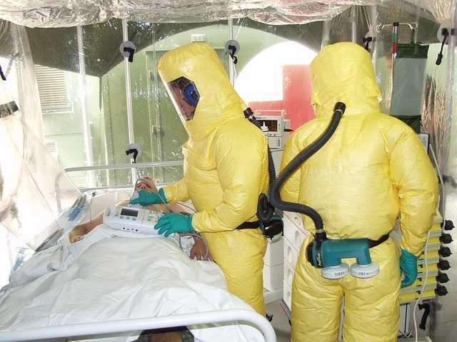 Ebola. 200 cas en RDC, au moins 100 morts
