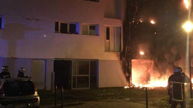 Un feu ravage la cité Bastié à Escalquens au sud est de Toulouse