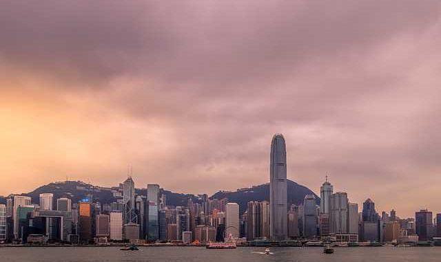Xi Jinping inaugure un pont gigantesque entre Hong Kong, Macao et la Chine