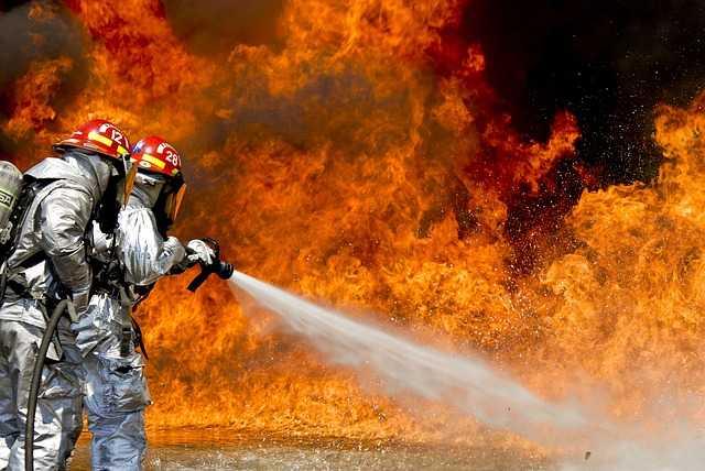 Incendies en Californie: Une trentaine de morts, bilan le plus lourd depuis 1933