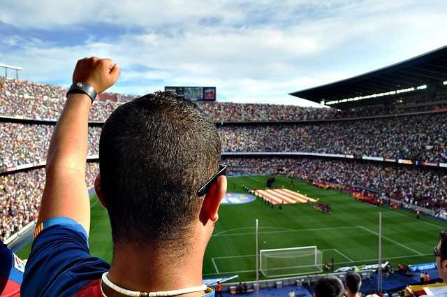 Todibo, jeune joueur du Toulouse FC recruté par le FC Barcelone