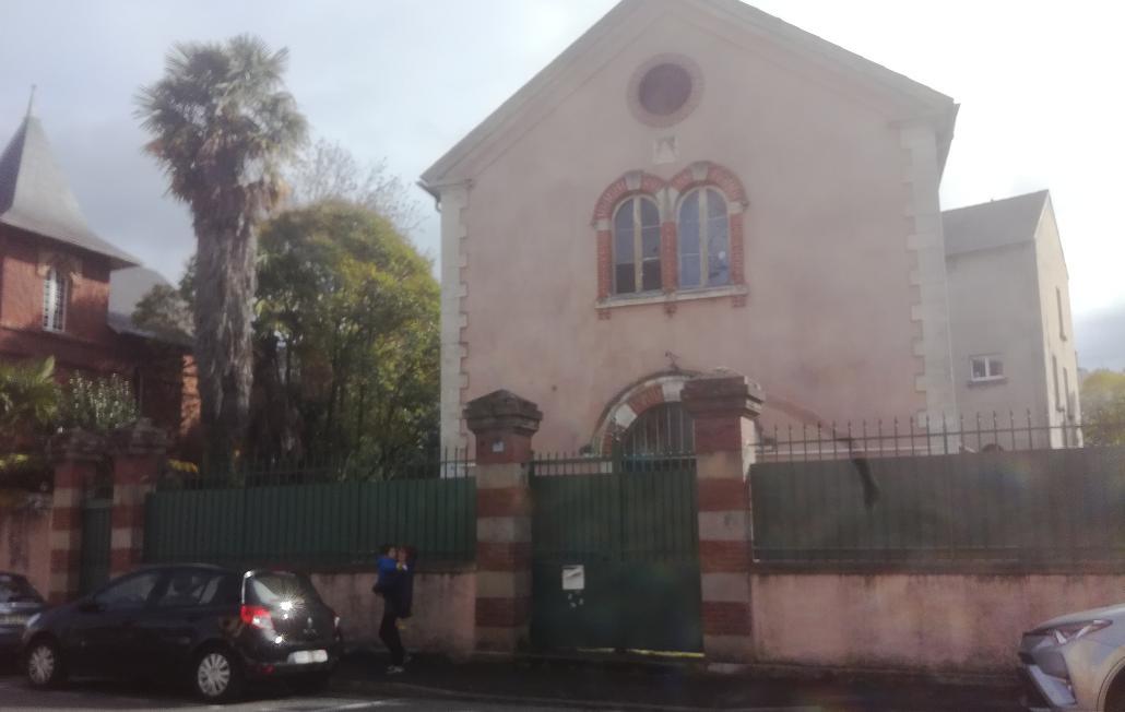 Indignations après le saccage d'un temple maçonnique à Tarbes
