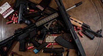 Des centaines d'armes de guerre saisies près de Carcassonne