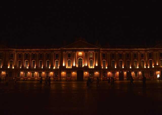 Toulouse : avis partagés sur l'interdiction de manifester sur la place du Capitole