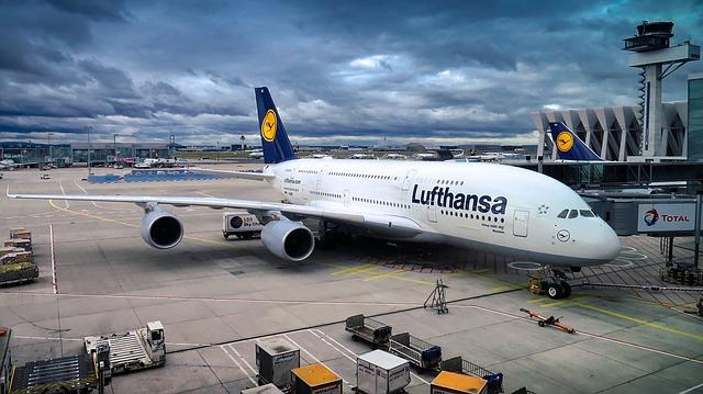 Un Airbus A380 fait demi-tour en plein ciel à cause d'une panne