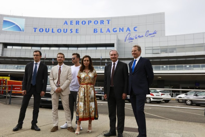 L'aéroport de Toulouse porte le nom de Dominique Baudis
