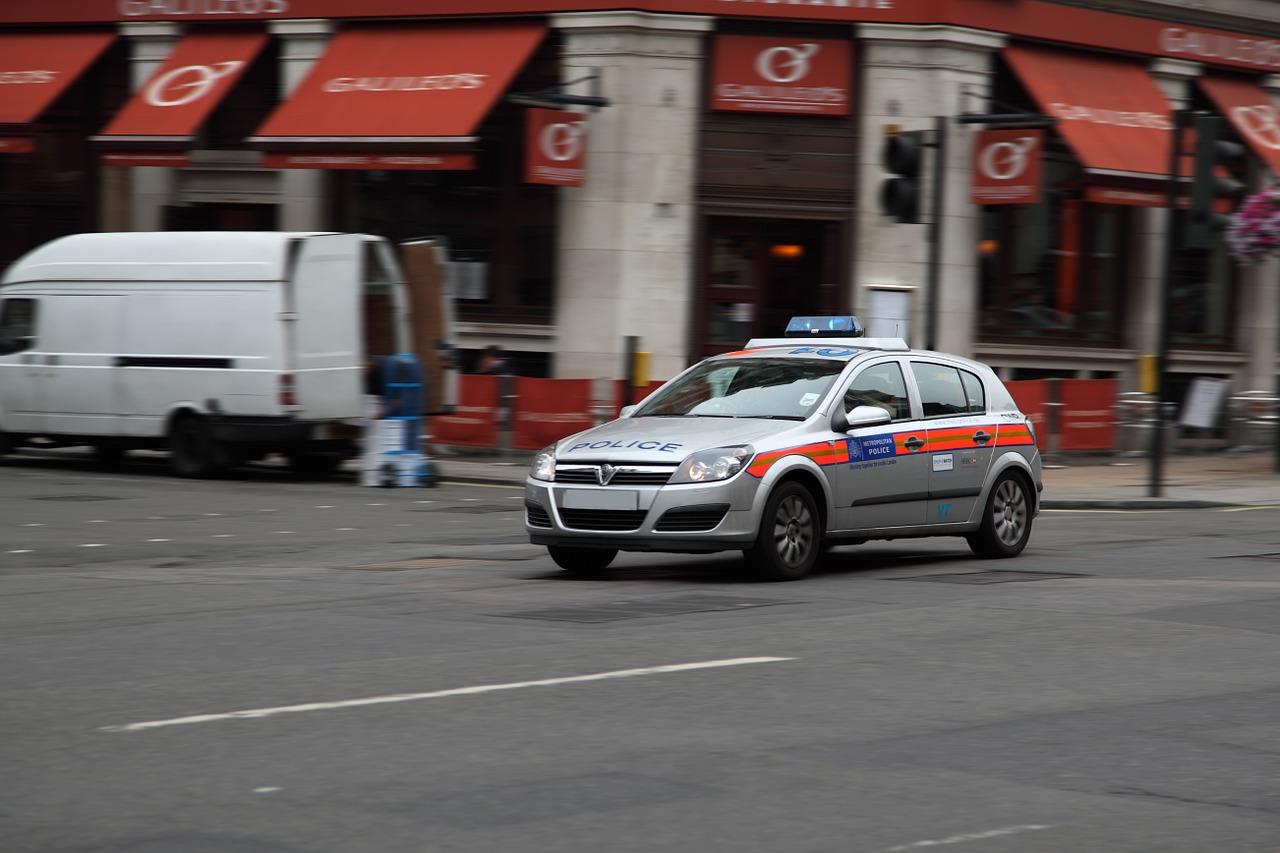 39 cadavres découverts dans un camion à l'est de Londres