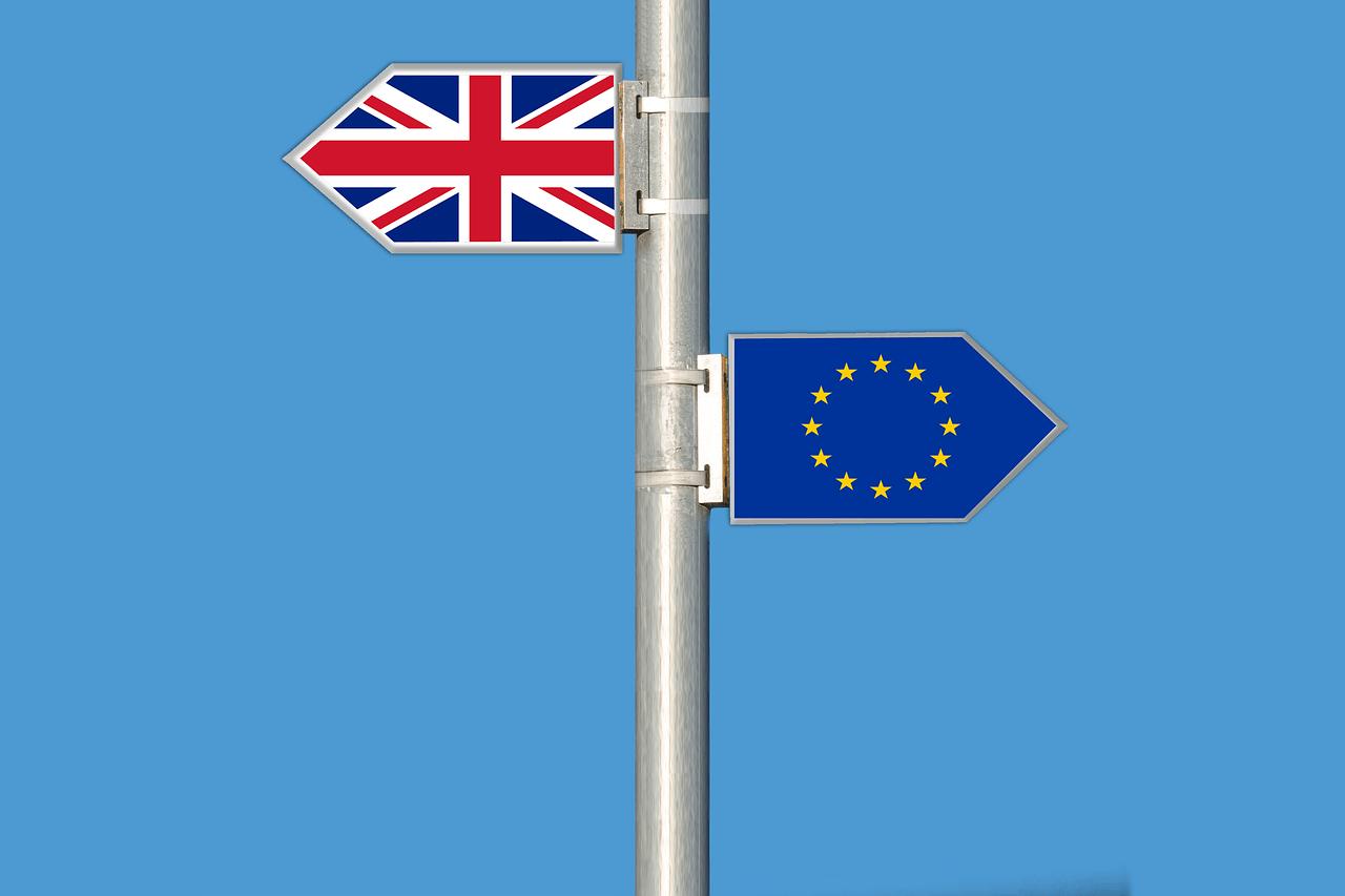 Brexit. Juncker et Boris Johnson annoncent un accord