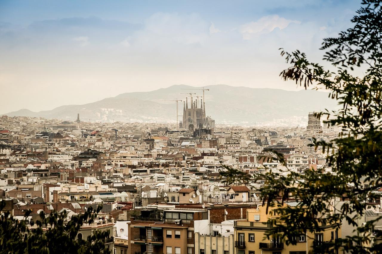 Tensions et Barricade à Barcelone Vidéo