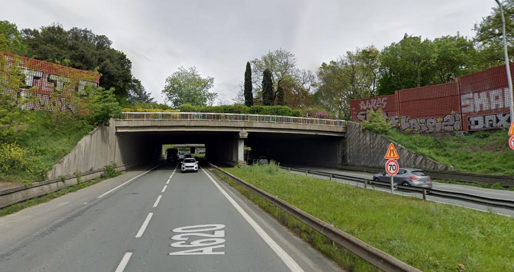 Toulouse. morte sur la rocade percutée par plusieurs voitures après avoir sauté d'un pont