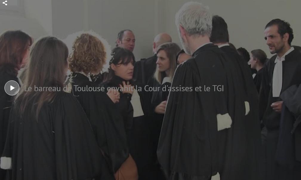 Toulouse, en colère les avocats envahissent le Tribunal
