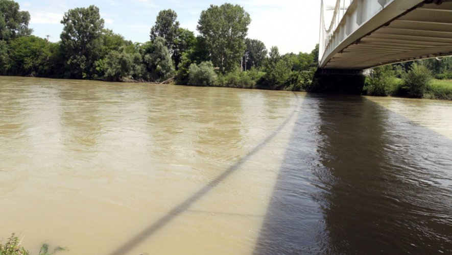 Une femme sauvée après s'être jetée dans la Garonne