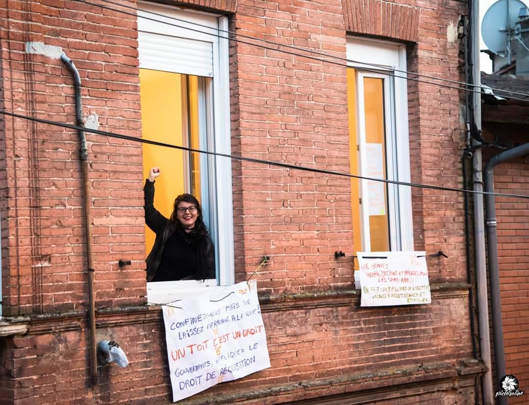 Toulouse, contre le mal logement, ils ont manifesté depuis fenêtres et balcons