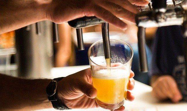 Bars et Restaurant réouverts dès le 15 Mai