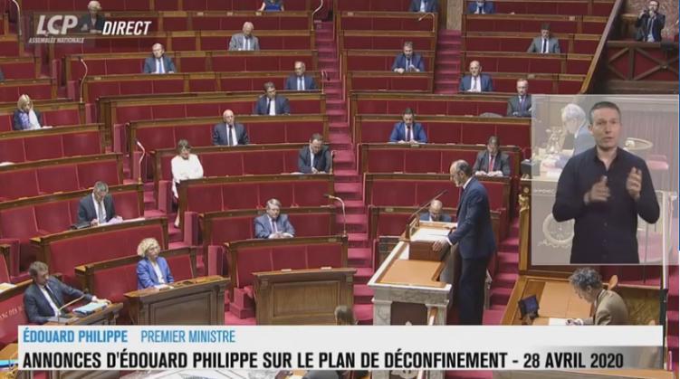 Edouard-Phillipe-annonce-plus-de-masques-plus-de-tests