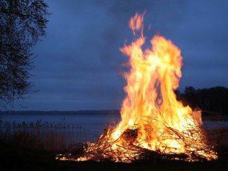 Saint Jean pourquoi les feux ou Brandon sont patrimoine mondial de l'UNESCO