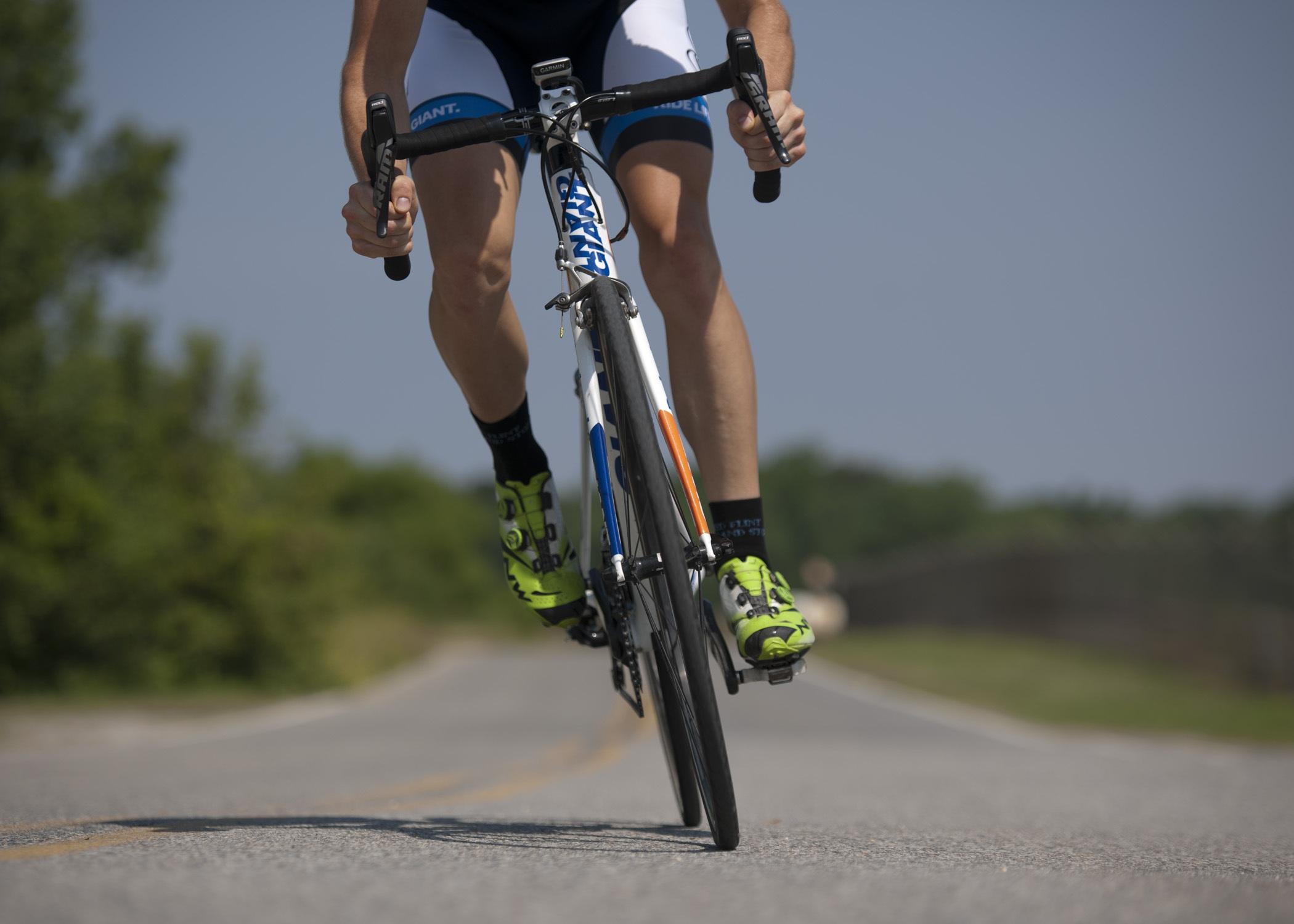 Carlon Kirby parle du métier de commentateur de cyclisme