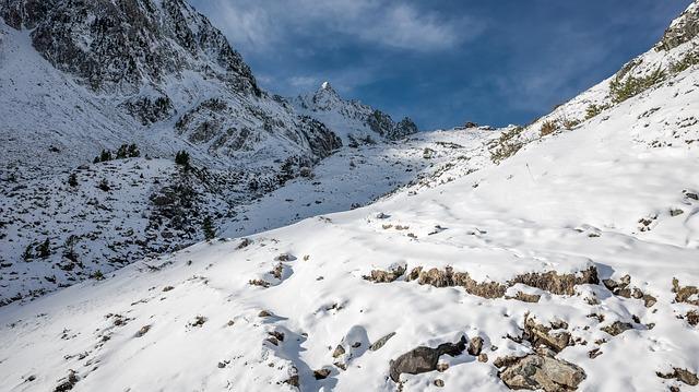 La neige est arrivée sur les Pyrénées