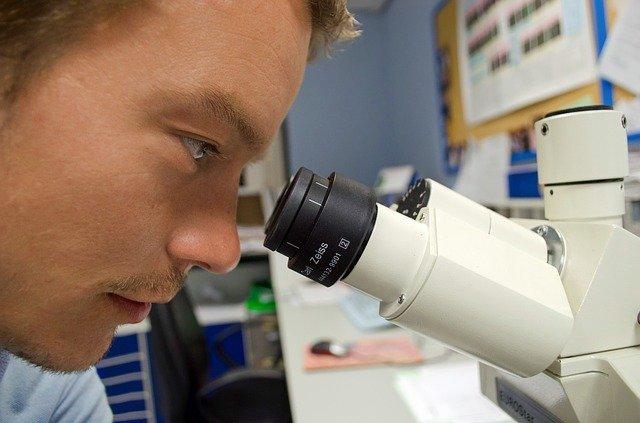 """Coronavirus """"le vaccin d'AstraZeneca peut être utilisé pour tout le monde"""""""