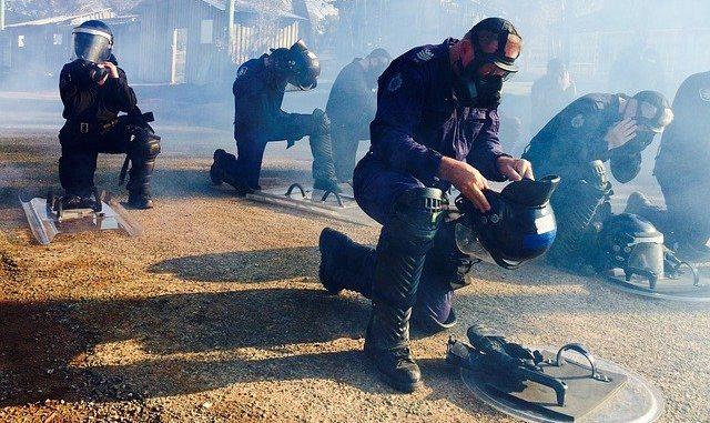 Blois. nuit d'émeutes urbaines Vidéo