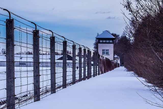 Tags antisémites en France : condamnations internationales