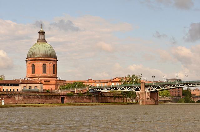 Toulouse, la fermeture des berges de la Garonne prolongée