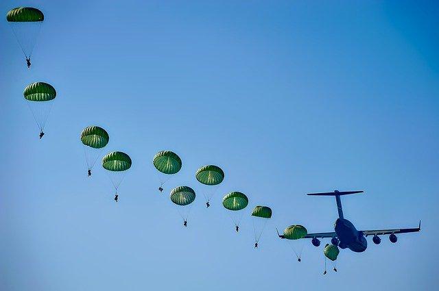 De nouveaux parachutes pour les régiments de la 11e BP de Toulouse