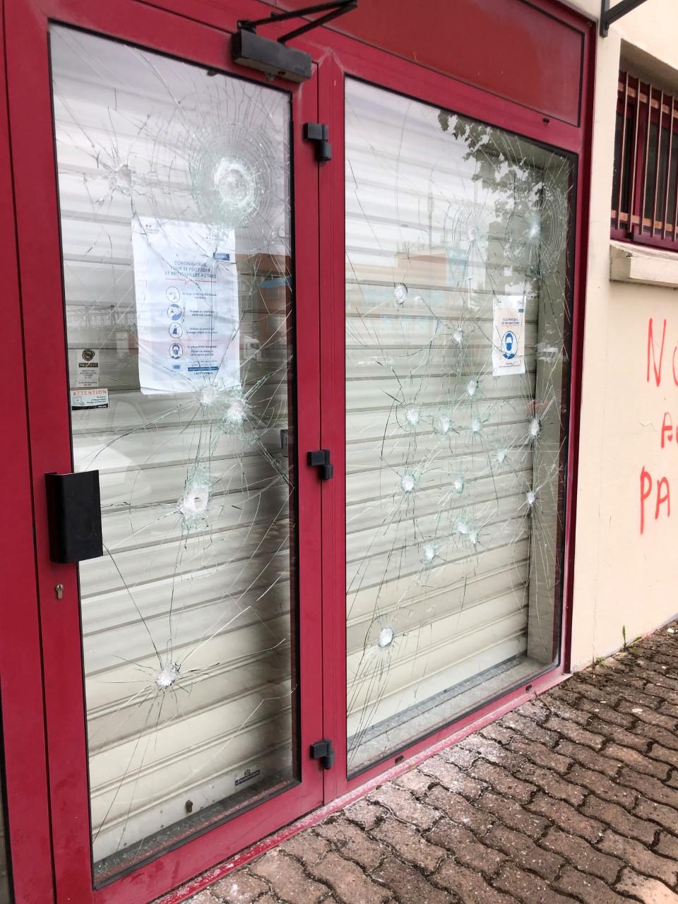 Toulouse - l'Ordre des Infirmiers vandalisé par des anti pass sanitaire
